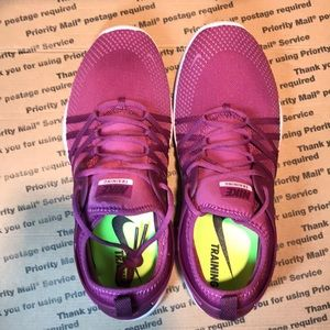 the latest effa9 ccaa9 Nike Shoes -  NIB  Nike Free TR7 Trainers Shoe Berry Size 9